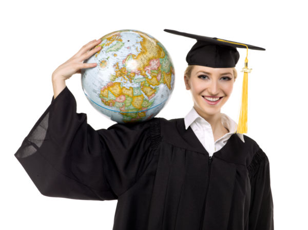 photo4design.com-39155-a-female-graduate-with-globe